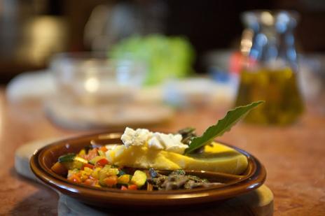 grazie dino per insegnarci che la cucina cultura e che si pu e si deve fare cultura anche in cucina nel nostro caso i nostri corsi di cucina